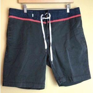 QUIKSILVER board shorts size 36